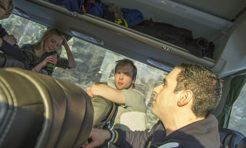 Bussresa med de finasta. Foto: David Nilsson Hamne