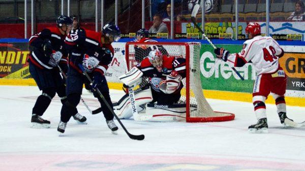 SSK gör mål mot Linköping i en tidigare match lagen emellan.