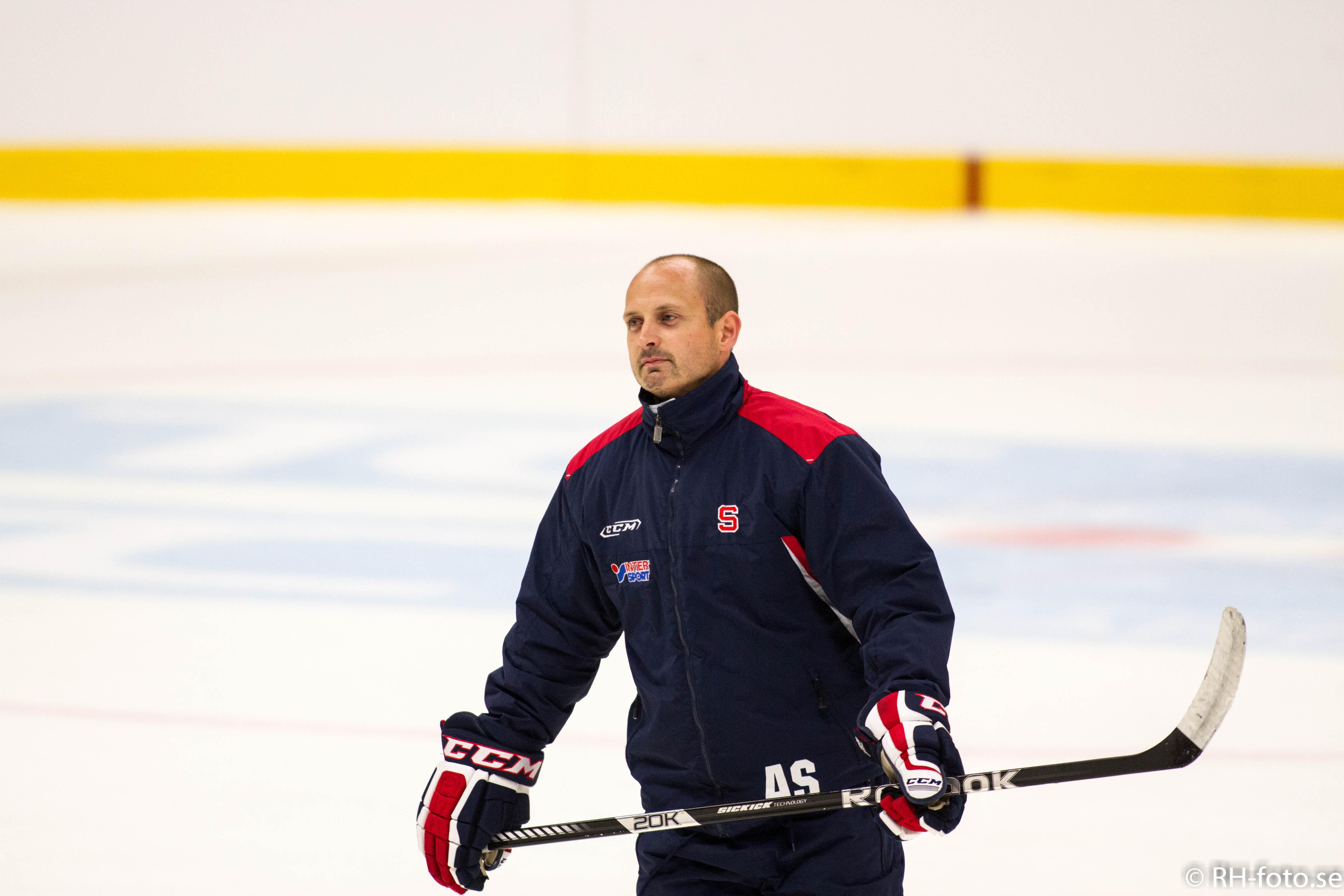 Anders Sörensen får ny kamrat i båset.