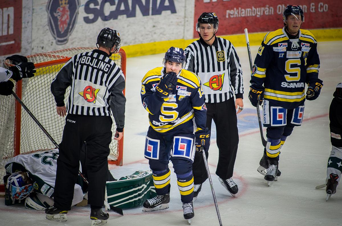 Lucas Carlsson med Hammarbykeeer som deppar. Foto: David Nilsson Hamne