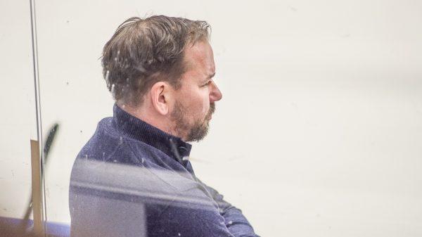 Nichlas Falk i SSK-båset. Foto: David Nilsson Hamne